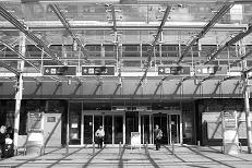 Flughafen Nürnberg - Portal,  2010